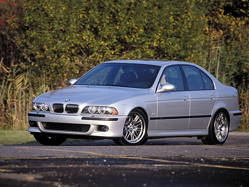 E39M5 Side Grey1
